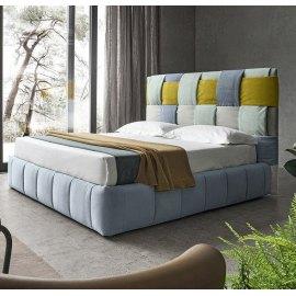 Designerskie łóżko tapicerowane - Brita