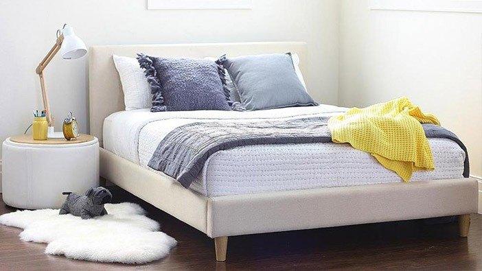 Łóżka tapicerowane w wielu kolorach