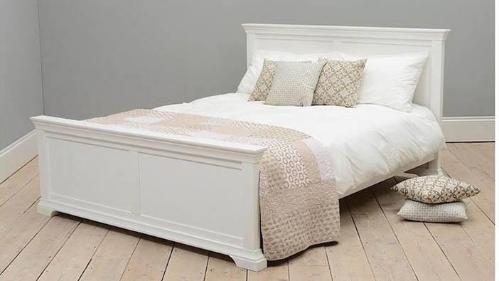 Łóżka w stylu angielskim od producenta